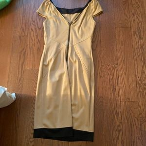 DVF sz 6 dress in tan